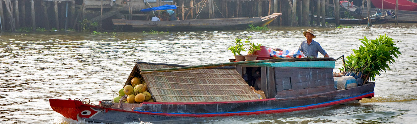 mekong-floating-market
