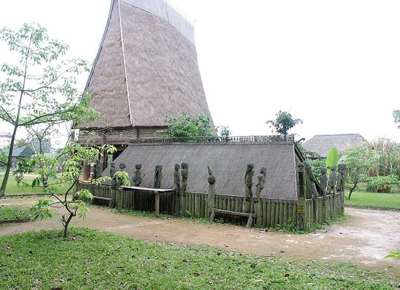 Museum-of-ethnology-hanoi-tour