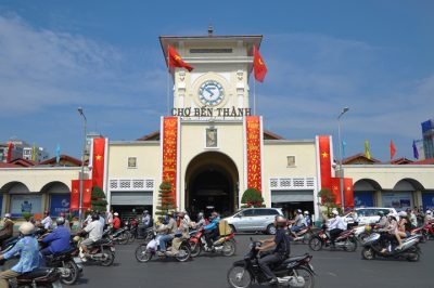 ben thanh market ho chi minh city- deluxe group tour