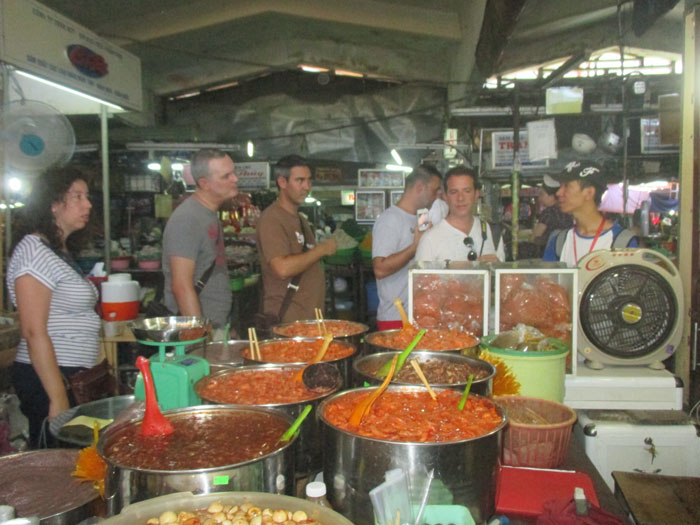 dong ba market in hue city