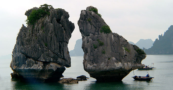 trong mai islet - Halong bay Cruise