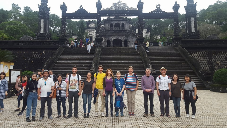 hue-city-deluxe-group